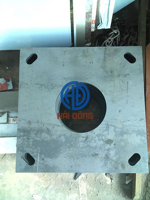 Cắt laser bảng mã sắt 10 ly