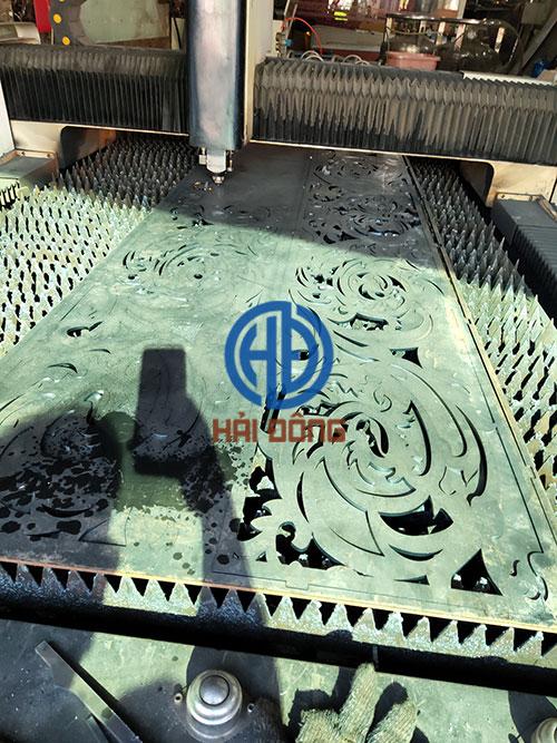 Lan can ban công sắt cắt CNC