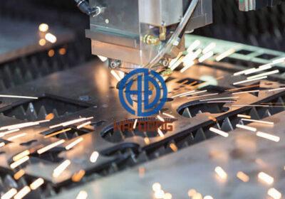 Cắt CNC kim loại bằng công nghê laser fiber